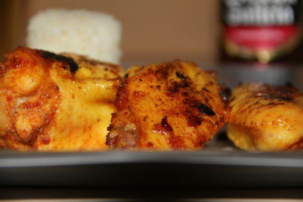 presentación de alitas a baja temperatura al curry