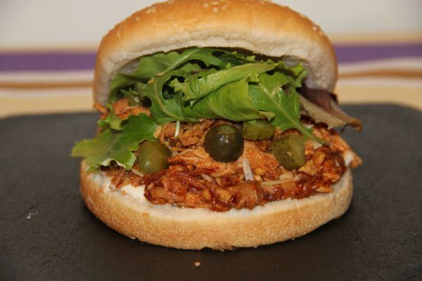Bocadillo de pulled pork a baja temperatura