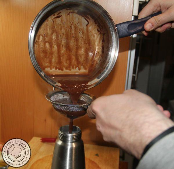 colar chocolate en sifón de espumas