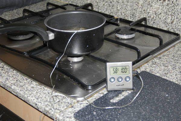 Control de temperatura del falso caviar de naranja