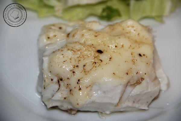 merluza a baja temperatura con mayonesa gratinada